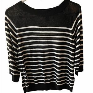 4/30 Deal !! H&M Black and white Top with Stripes